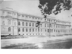 1940- O Edifício logo após a construção do terceiro andar